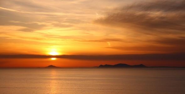 Санторини: Боги, вино и закаты. Изображение № 13.