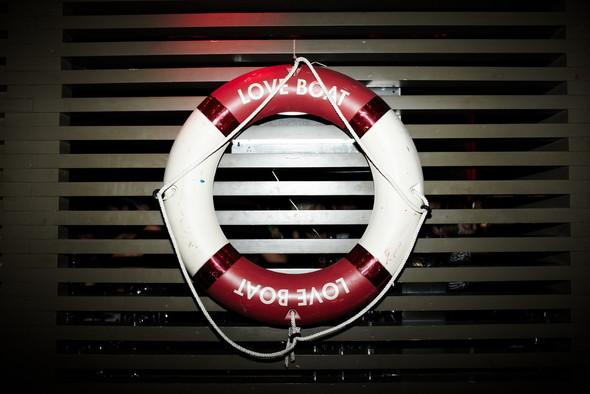 Детали: двухлетие вечеринки Love Boat. Изображение № 14.