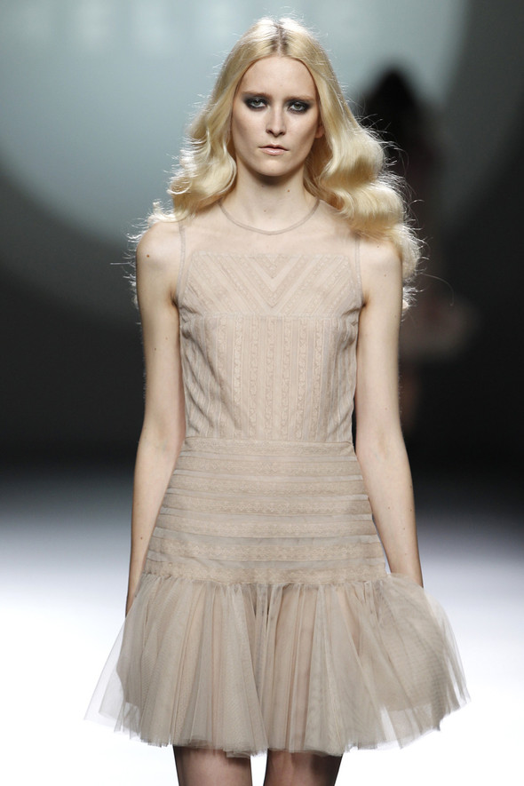 Madrid Fashion Week A/W 2012: Teresa Helbig. Изображение № 22.