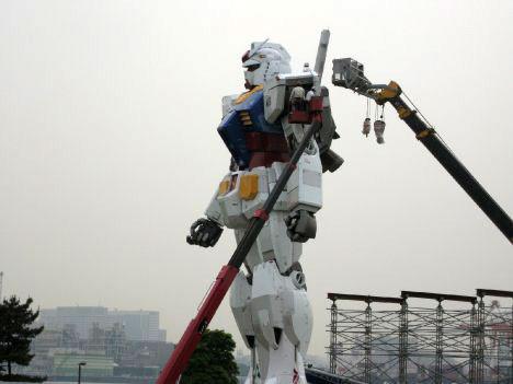 Гигантские человекоподобные роботы ужездесь!. Изображение № 3.