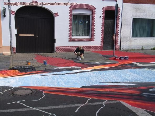 Сенсация: тектонический разлом наулицах города!. Изображение № 13.
