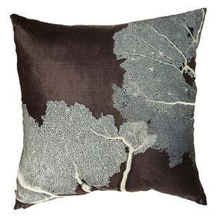 Необычные подушки отAviva Stanoff. Изображение № 3.