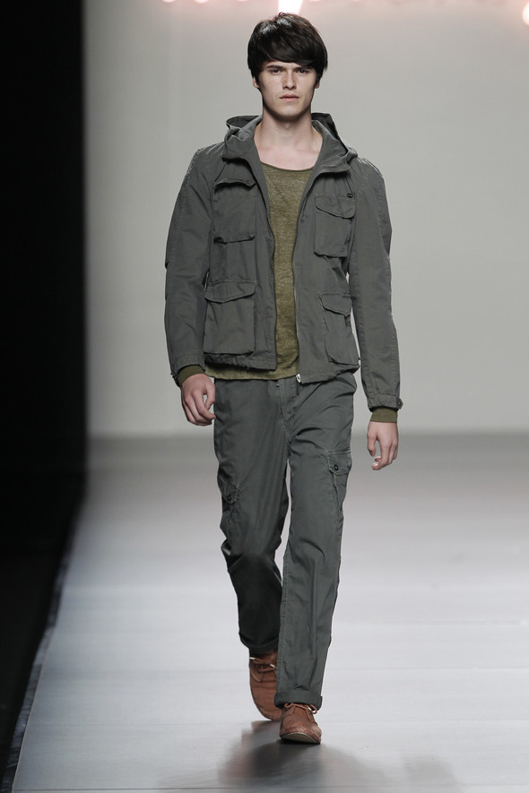 Madrid Fashion Week SS 2012: Adolfo Dominguez. Изображение № 11.