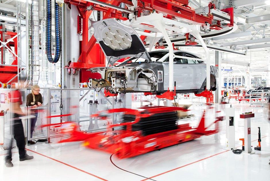 Как создаются электромобили Tesla. Изображение № 3.