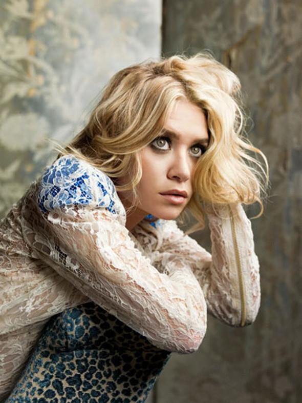 Ashley Olsen наобложке Marie Claire (Сентябрь 2009). Изображение № 6.