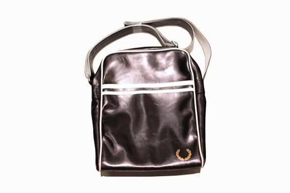 Sale: Fred Perry, сумка 1000руб (цена действительна до конца августа) . Изображение № 14.