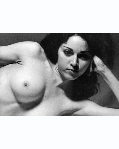 Части тела: Обнаженные женщины на фотографиях 70х-80х годов. Изображение № 115.