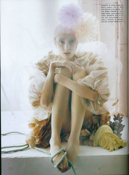A Magic World (Vogue Italia January 2008 ). Изображение № 17.