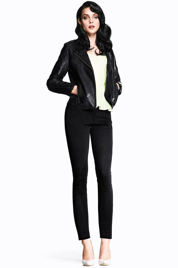 Лукбуки: H&M, Zara, Urban Outfitters и другие. Изображение №67.