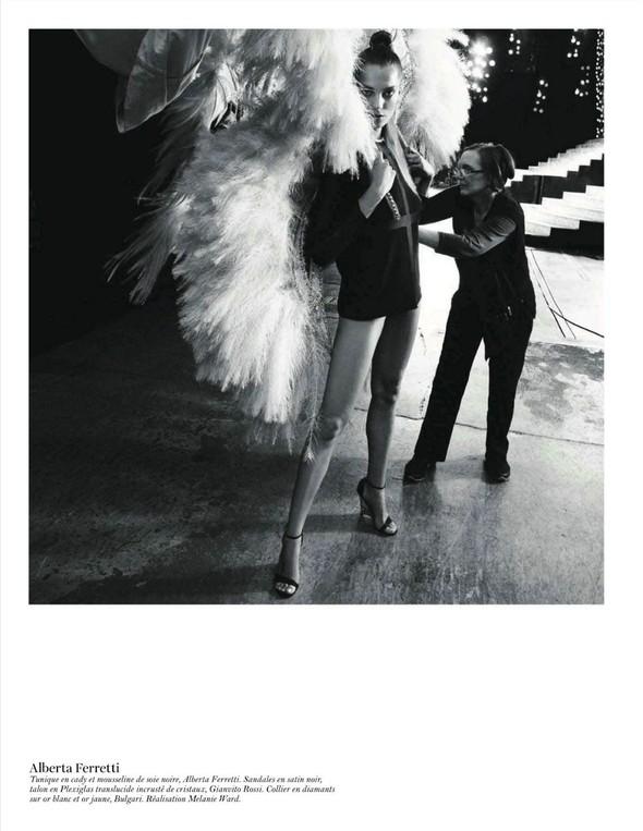 Съёмка: Дарья Вербова для французского Vogue. Изображение № 7.