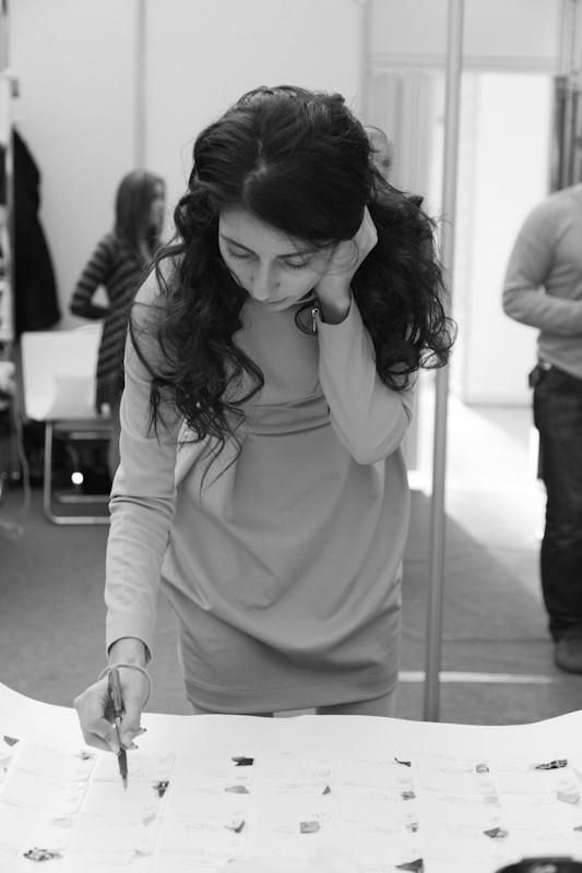 Изображение 1. За кулисами своего показа Мария Рыбальченко предсказала будущее, окунулась в прошлое, живя настоящим.. Изображение № 2.