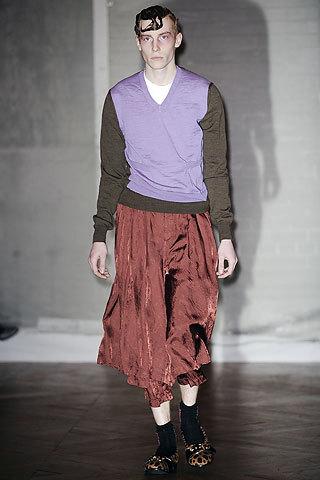 Comme desGarons Fall 2009. Изображение № 28.