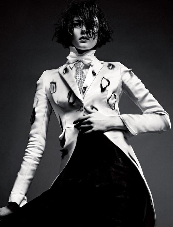 Съёмки: 25, Dazed & Confused, Vogue и другие. Изображение № 8.