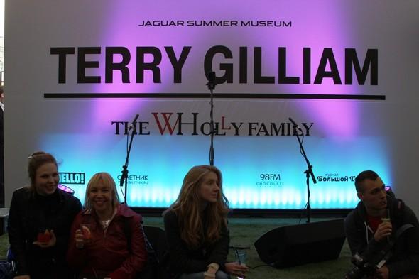 Открытие выставки Терри Гиллиама в Москве. Изображение № 1.