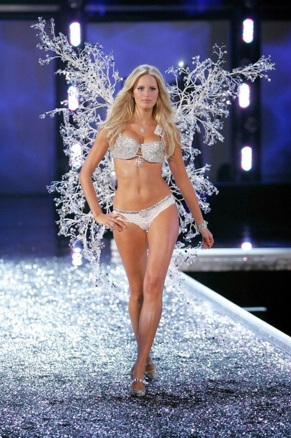 Victoria's Secret Lingerie Fashion Show 2008. Изображение № 25.
