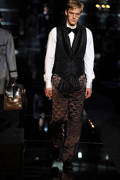 Giorgio Armani начал войну против Dolce&Gabbana. Изображение № 6.