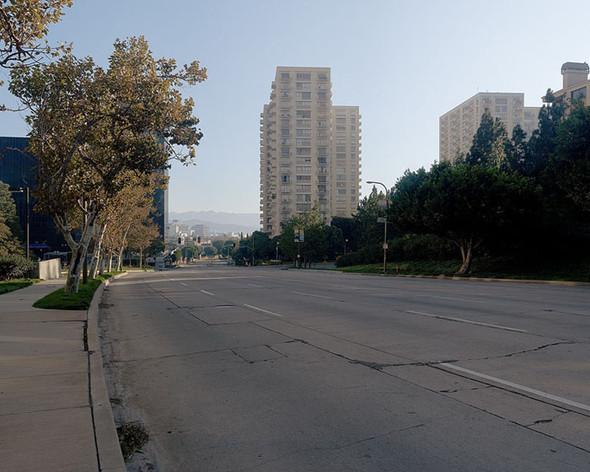 Мертвый город. Лос-Анджелес. Изображение № 16.