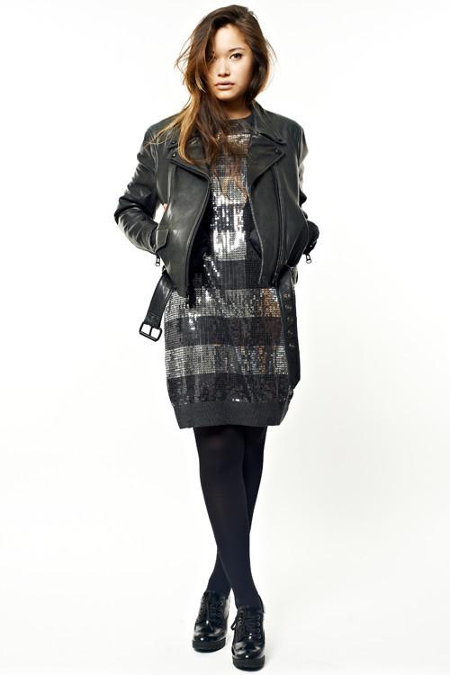 Все на распродажу: Редактор моды Аня Баздрева отобрала лучшие вещи с сейла четвертого этажа ЦУМа. Изображение № 10.