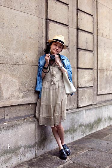 Уличный стиль на Неделе высокой моды в Париже. Изображение № 68.