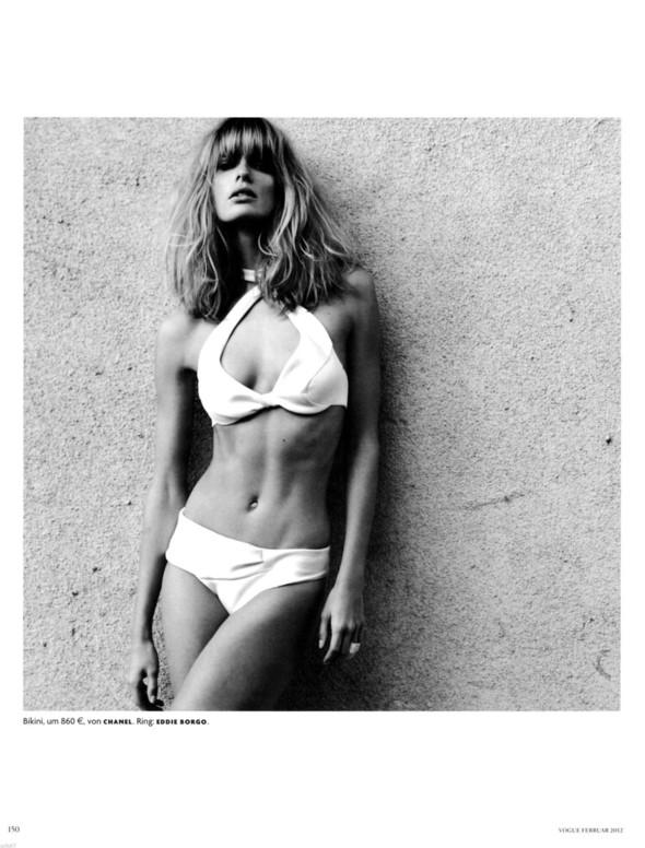 Съёмка: Юлия Штегнер для немецкого Vogue. Изображение № 6.