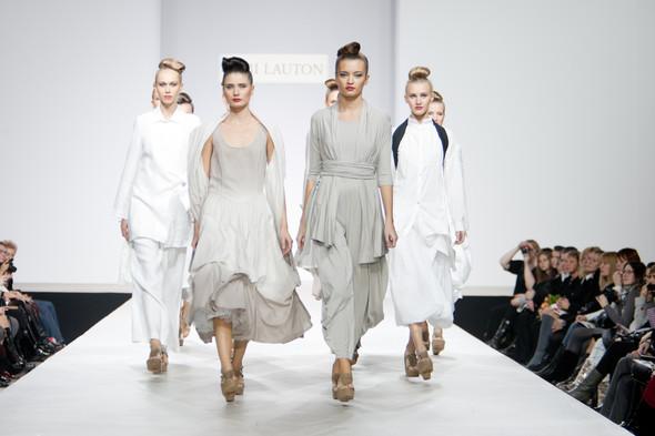 Наташа Дригант, Кира Пластинина, Сергей Сысоев, Gabi Lauton: весна-лето 2011 на Volvo Fashion Week. Изображение № 28.