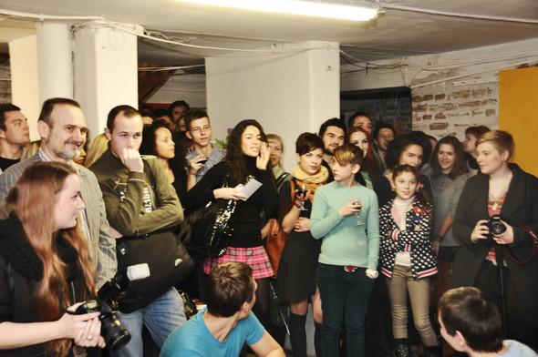 В Киеве состоялся звездный аукцион картин. Изображение № 5.