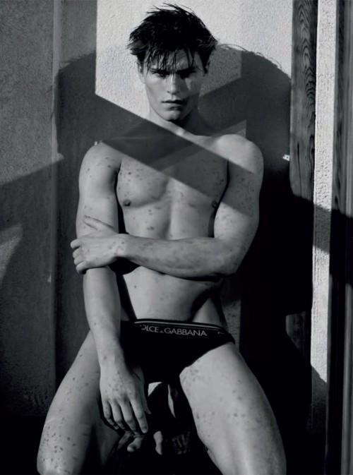 Фотокнига: Uomini - Dolce&Gabbana. Изображение № 63.