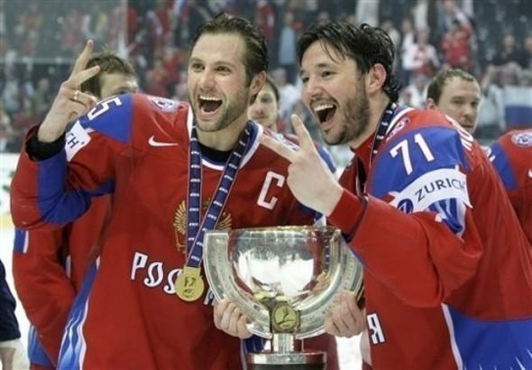 Сборная России похоккею вновь стала чемпионом мира. Изображение № 8.