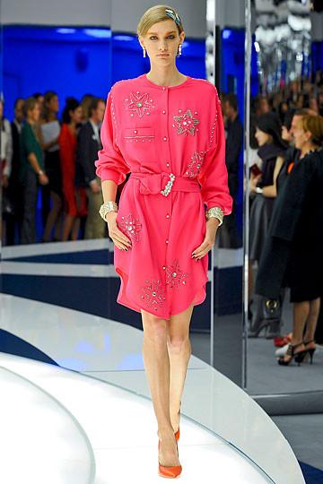 Модный дайджест: Джеймс Франко для Gucci, сари Hermes, сингл Burberry. Изображение № 2.