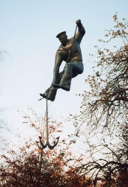 Скульптуры Джерзи Кедзиоры, парящие в воздухе. Изображение № 43.
