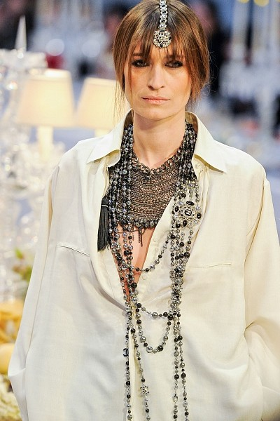 Детали с показа Chanel Pre-Fall 2012. Изображение № 4.