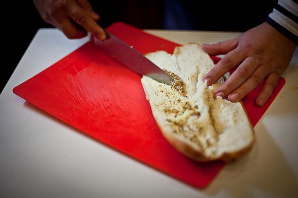 Быстро и вкусно: Сандвичи, хот-дог и три брускетты. Изображение № 19.