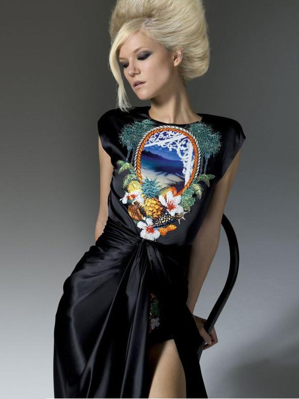 Лукбук: Atelier Versace FW 2011. Изображение № 27.