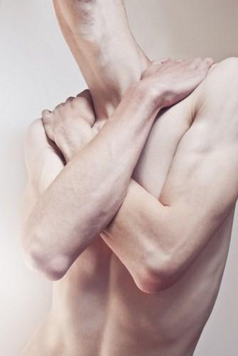 Странные метаморфозы человеческого тела от Джонатана Дюкри. Изображение № 4.