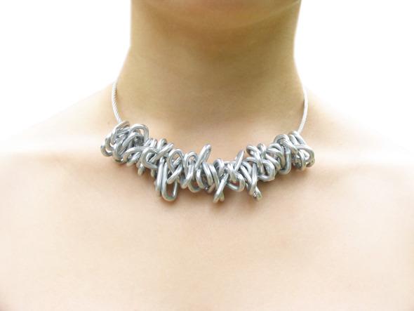 Ожерелья из цепей гаек и сантехнического шнура. Часть1. Изображение № 14.