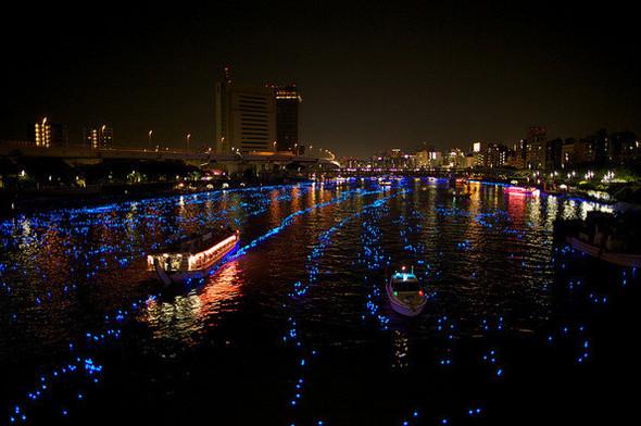 Огни большого города: 100 000 ламп-светлячков на фестивале Хотару. Изображение № 3.