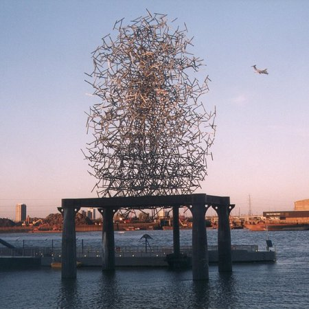 Человек-скульптура. Изображение № 17.