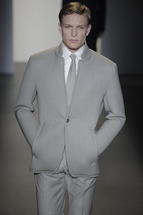 Calvin Klein 2009–2010. Изображение № 10.