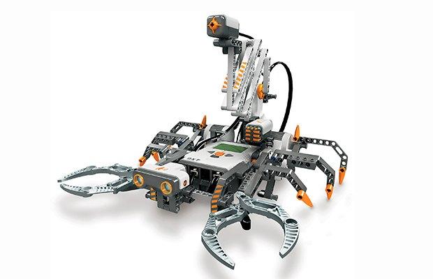 5 причин, почему в LEGO не стыдно играть взрослым. Изображение №5.