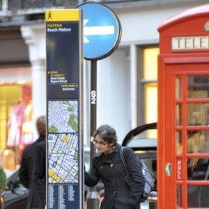 Дизайнеры критикуют новую туристическую навигацию страны. Изображение № 13.