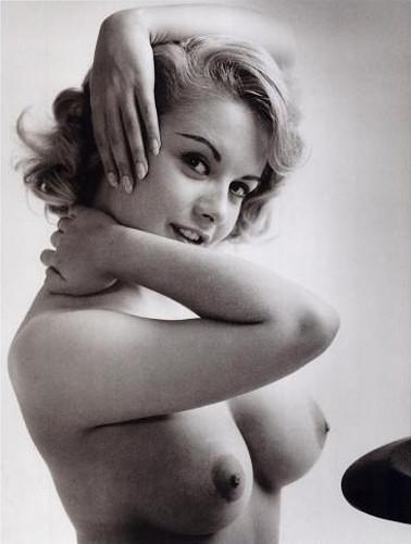 Части тела: Обнаженные женщины на фотографиях 50-60х годов. Изображение № 61.