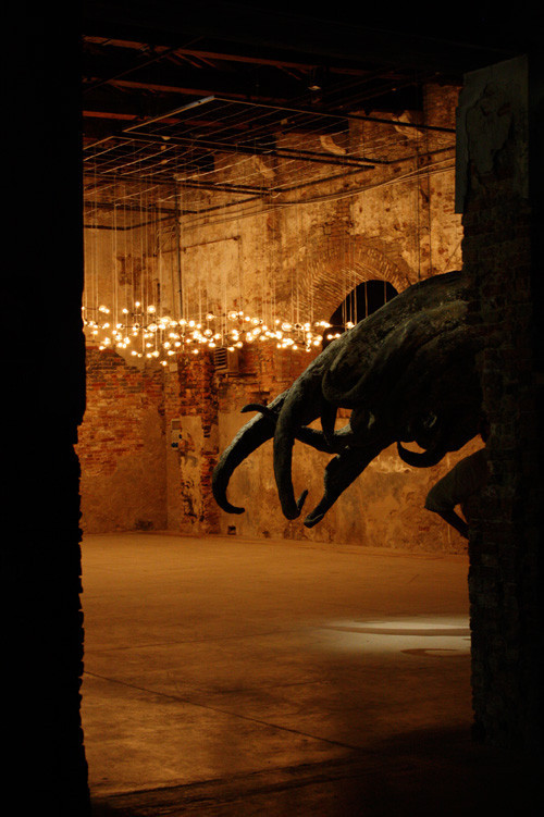 Международная выставка современного исскуства вВенеции. Изображение № 9.
