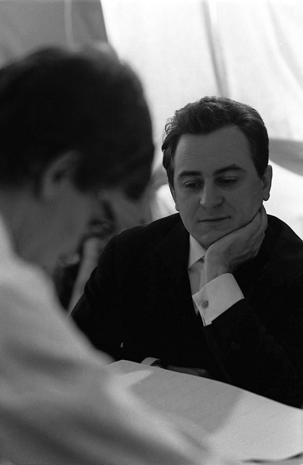 Изображение 21. L'Amour Fou — фильм об Иве Сен-Лоране и Пьере Берже.. Изображение № 39.