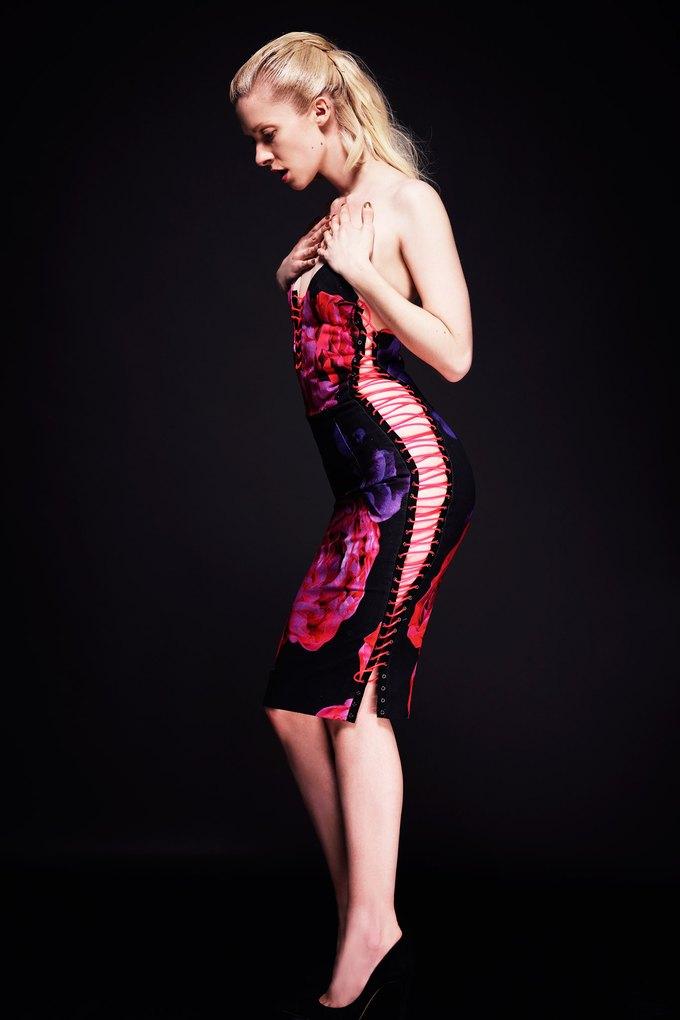 Katie Eary, Opening Ceremony и Катя Добрякова показали новые коллекции. Изображение № 9.