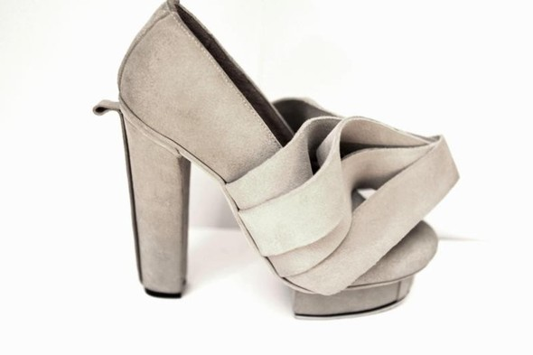 Уникальные туфли- трансформеры. Изображение № 2.