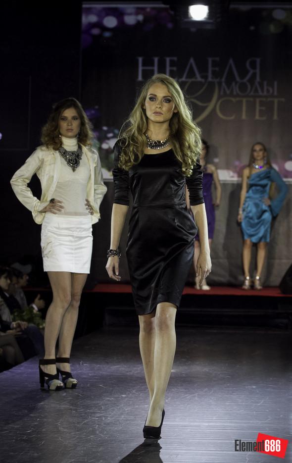 Неделя моды от «Эстет»: осень-2011 (05.10.2011). Изображение № 52.