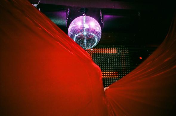 Прямая речь: Фотографы вечеринок о танцах, алкоголе и настоящем веселье. Изображение № 6.