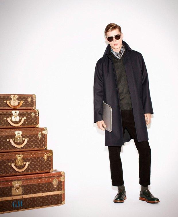 Показаны новые лукбуки Gucci, Louis Vuitton и Prada. Изображение № 2.