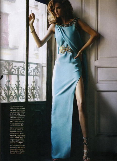 Flavia de Oliveira in Elle Spain September 2009. Изображение № 14.