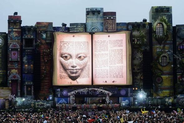 Магическое безумие крупнейшего фестиваля EDM музыки Tomorrowland. Изображение № 1.